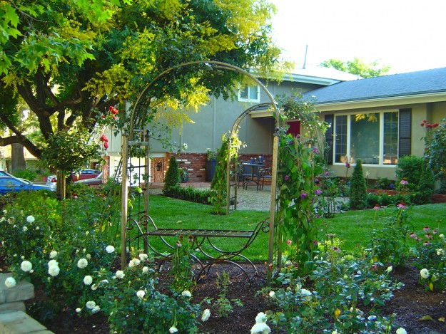 Pictures Of English Garden Front Yard Design