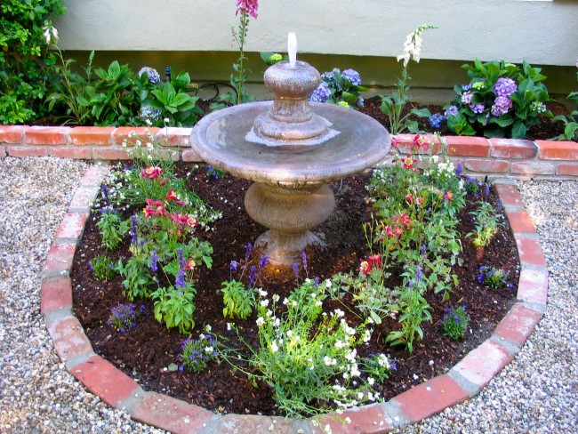 Recycled Brick Used As Garden Edging | Eden Makers Blog By Shirley Bovshow