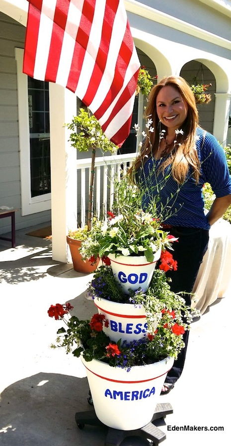SHIRLEY-BOVSHOW-GARDEN-DESIGNER-EXPERT-PATRIOTIC-CONTAINER-GARDEN-FOURTH-OF-JULY-HOME-AND-FAMILY-EDENMAKERS