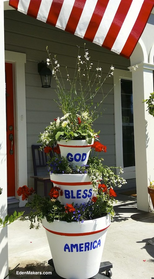 STACKED-THREE-TIER-CONTAINER-GARDEN-PATRIOTIC-4TH-OF-JULY-GOD-BLESS-AMERICA-DESIGN-SHIRLEY-BOVSHOW-EDENMAKERS