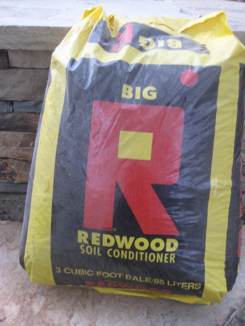 redwood soil conditioner mulch